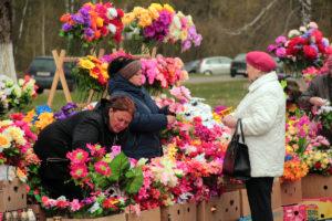 Радоница в Беларуси - официальный выходной