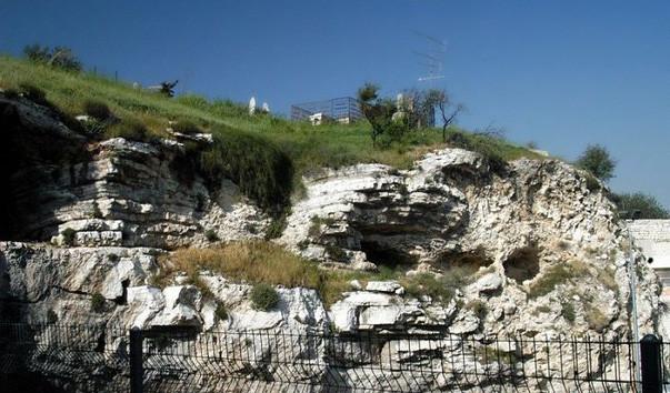 Пещера у Голгофы - места, где распяли Христа