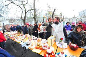 Святить куличи можно в субботу перед Пасхой