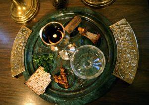 Седер у евреев - не просто пасхальный стол, а настоящий вечер памяти