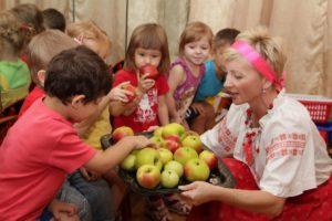 Праздник Яблочный Спас в детском саду