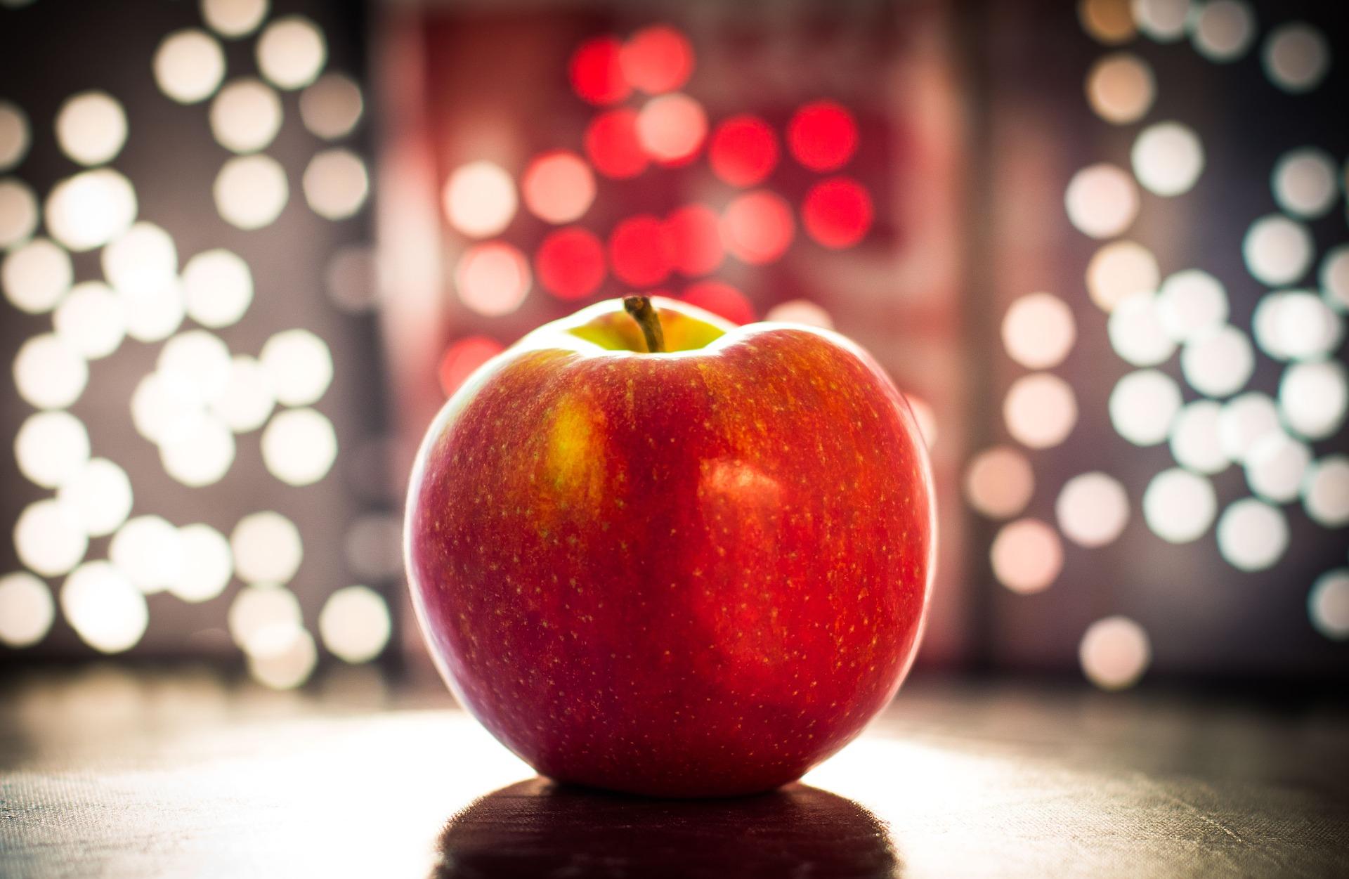 Гадание на любимого на яблоке - Энциклопедия гаданий