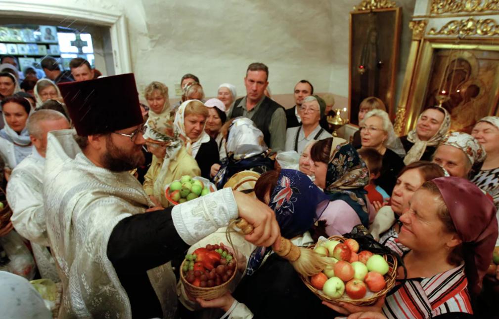 Интересные приметы на Яблочный спас 19 августа: как привлечь удачу на целый год