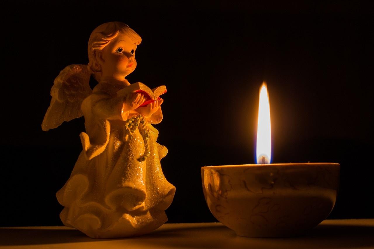 Кому и как молиться о прощении грехов: оригинальные тексты молитв